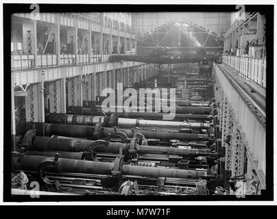 NAVY YARD, U.S., WASHINGTON. BIG GUN SECTION OF SHOPS LCCN2016868715 - Stock Photo