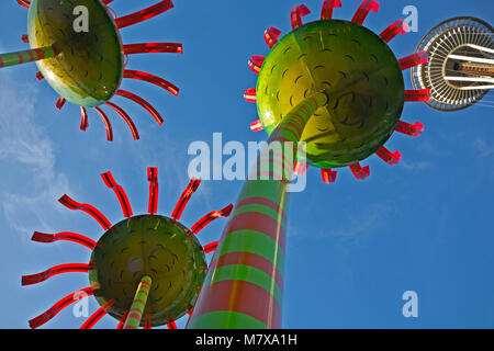 WA13821-00...WASHINGTON - Sconic Bloom sculputers located between the Space Needle and the Pacific Science Center - Stock Photo