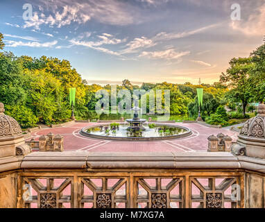 Bethesda Terrace and Fountain overlook The Lake in New York City's Central Park. - Stock Photo