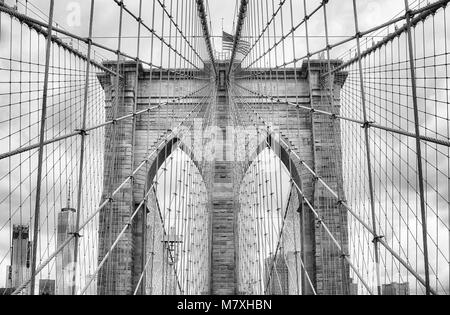 Black and white picture of the Brooklyn Bridge, New York City, USA. - Stock Photo