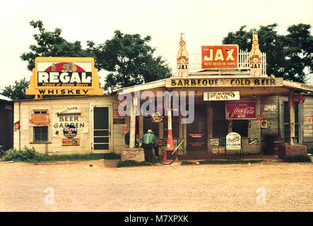 Rural Store, Bar, and Gas Station, Melrose, Louisiana, USA, Marion Post Wolcott for Farm Security Administration, - Stock Photo