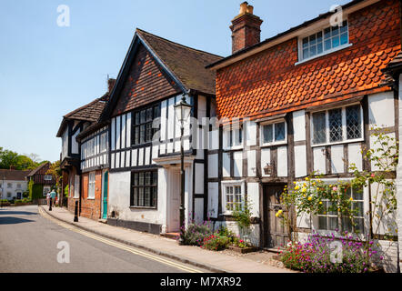 steyning-uk-jun-6-2013-old-town-street-with-tudor-style-timber-frame-m7xr92.jpg