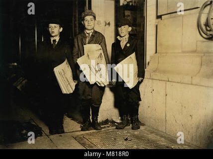Lawrence Lee, 10 years old, Michael Nyland, 11 years old, Martin Garvin, 12 years old, Full-Length Portrait Selling - Stock Photo