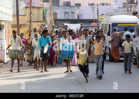 A funeral procession in Madurai, India. - Stock Photo