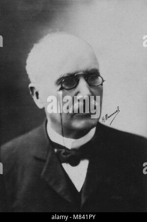 Portrait of Edouard Branly ( 1844 - 1940 ) physicist  -  photography by  Henri Manuel ( 1874 - 1947 ) - Stock Photo
