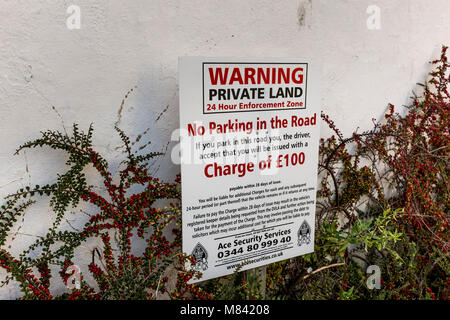 Warning sign of no parking on private land, UK - Stock Photo
