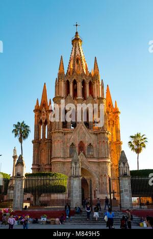 The church of la parroquia de san miguel arcangel, san miguel de allende, mexico - Stock Photo
