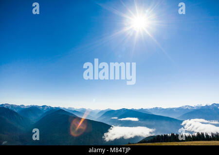 The view looking south on a sunny Fall day from Hurricane Ridge in Olympic National Park, Washington State, USA. - Stock Photo