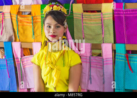 Padaung ladies, long neck ladies, in Ywama Village, Shan State, Inle Lake,  Myanmar (Burma), Asia in February - Stock Photo