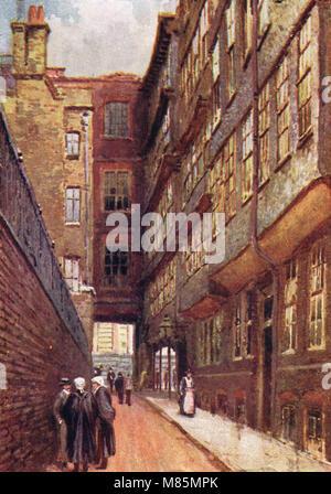 Middle Temple Lane, London, England, circa 1905 - Stock Photo