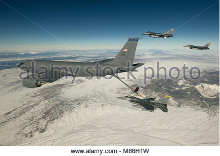 Capt. Jared White, an F-16 Fighting Falcon pilot from the 421st Fighter Squadron, Hill Air Force Base, Utah, receives - Stock Photo