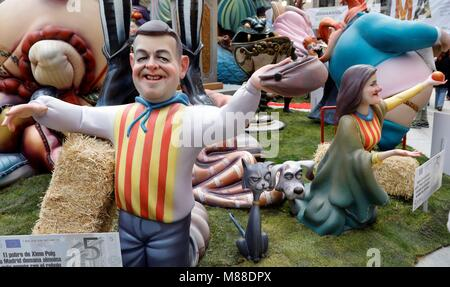 Valencia, Spain. 15th Mar, 2018. A 'ninot' or wooden sculpture depicting Valencia's regional President Ximo Puig - Stock Photo