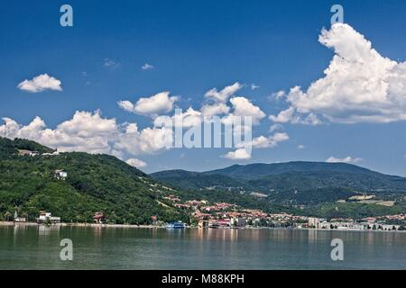 ORSOVA ROMANIA ITS SETTING BETWEEN THE DANUBE AND THE SURROUNDING MOUNTAINS - Stock Photo