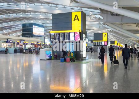 Departure level interior, Terminal 5, Heathrow Airport. London Borough of Hounslow, Greater London, England, United - Stock Photo