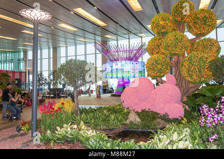 The Social Tree interactive installation and garden in Transit Hall, Terminal 1, Singapore Changi Airport, Changi, - Stock Photo
