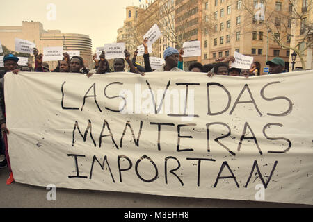 Barcelona, Spain. 16th Mar, 2018. Protesters seen holding placards and banner during a demonstration in memory of - Stock Photo