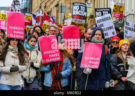 Glasgow, UK, 17 Mar 2018. Several thousand people, including local and national politicians along with prominent - Stock Photo
