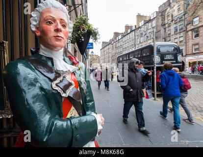 Figure outside entrance to Deacon's House Cafe on the Royal Mile in Edinburgh, Scotland, United Kingdom - Stock Photo