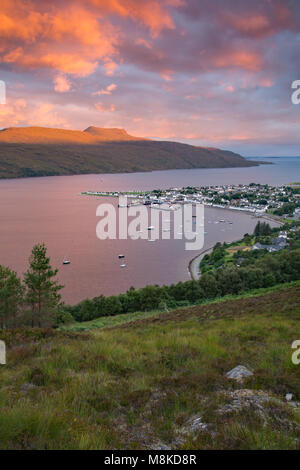 Ullapool on Loch Broom is a town of around 1,500 inhabitants in Ross-shire, Scottish Highlands.  It is a fishing - Stock Photo