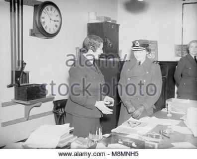 Royal Air Force Coastal Command, 1939-1945. The Honorary Air Commandant of the WAAF, Princess Alice, Duchess of - Stock Photo