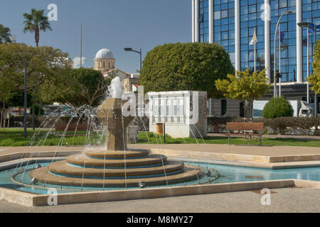 Fountain in the park next to the Molos promenade and cafe in the centre of Limassol, Cyprus - Stock Photo