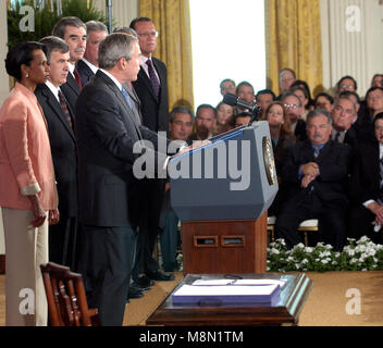 Washington, D.C. - August 2, 2005 --  United States President George W. Bush signs the Central America Free Trade - Stock Photo