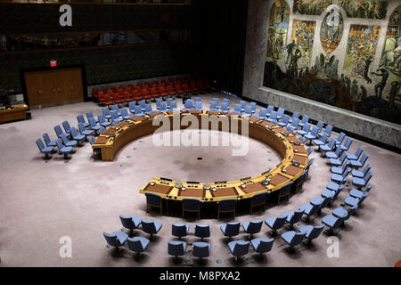 United Nations. 19th Mar, 2018. Photo taken on March 19, 2018 shows the empty Security Council chamber at the United - Stock Photo
