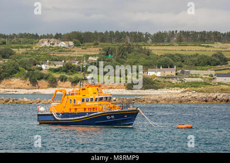 Scilly Isles lifeboat The Whiteheads moored off Hugh Town , St Mary's - Stock Photo