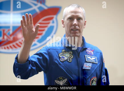 Baikonur, Kazakhstan. 20th Mar, 2018. BAIKONUR, KAZAKHSTAN - MARCH 20, 2018: NASA astronaut Andrew J. Feustel waves - Stock Photo