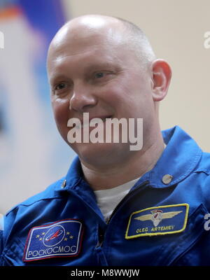 Baikonur, Kazakhstan. 20th Mar, 2018. BAIKONUR, KAZAKHSTAN - MARCH 20, 2018: Roscosmos cosmonaut Oleg Artemyev smiles - Stock Photo