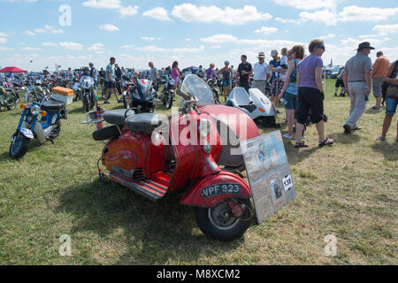 A 1950s red Lambretta 125 LD MK2 at the Gloucestershire Vintage Country Show in Cirencester 2016 - Stock Photo