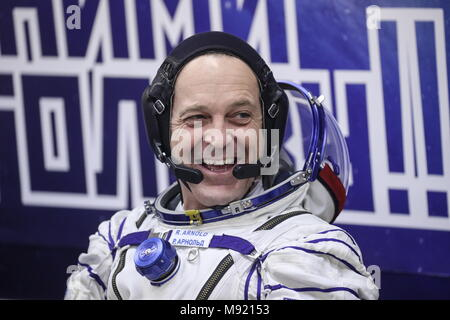 Baikonur Cosmodrome, Kazakhstan. 21st Mar, 2018. BAIKONUR, KAZAKHSTAN - MARCH 21, 2018: ISS Expedition 55/56 main crew member, NASA astronaut Richard Arnold, smiles before a launch to the International Space Station. The launch of a Soyuz-FG rocket booster carrying the Soyuz MS-08 spacecraft to the ISS from the Baikonur Cosmodrome is scheduled for March 21, 2018 at 20:44 Moscow time. Sergei Savostyanov/TASS Credit: ITAR-TASS News Agency/Alamy Live News - Stock Photo