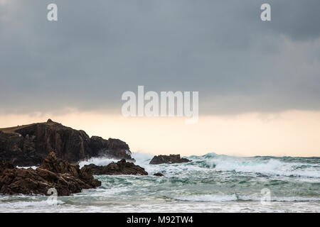 Atlantic waves at Mangursta beach on the Isle of Lewis in the Outer Hebrides. - Stock Photo