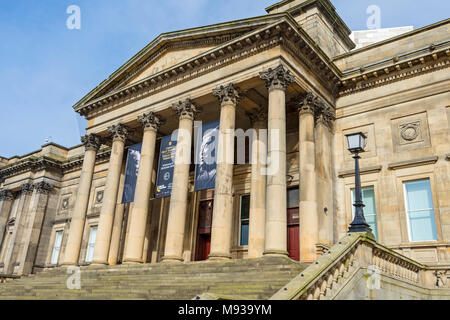 Entrance to the World Museum. William Brown Street, Liverpool, England, UK - Stock Photo