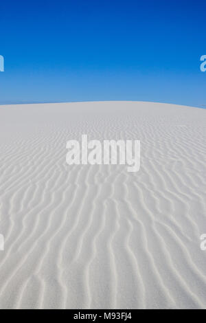 White Sands National Monument is a United States National Monument/Park that is in the southeastern region of the state of New Mexico. The monument co - Stock Photo