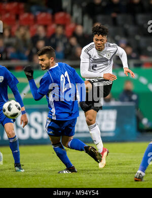 Braunschweig, Deutschland. 22nd Mar, 2018. Benjamin Henrichs (Germany) versus Paz Ben Ari (Israel) GES/ Fussball/ U 21: Germany - Israel, 22.03.2018 -- Football/ Soccer Under 21: Deutschcland vs Israel, Braunschweig, March 22, 2018 -- |usage worldwide Credit: dpa/Alamy Live News - Stock Photo