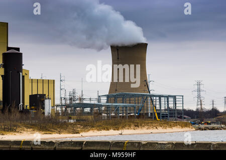 Michigan City, Indiana : 02/28/2018 / New construction to produce cleaner energy at the Coal Fired Nipsco Cooling Tower Power Plant 2-28-18-3959.jpg - Stock Photo