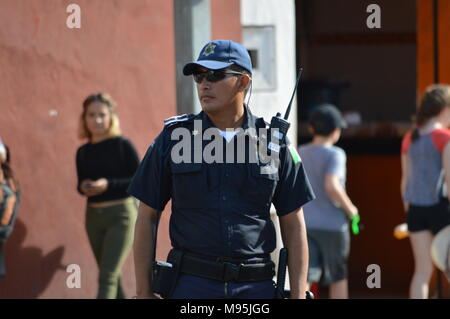 A Mexican police officer on duty in Merida, Mexico - Stock Photo