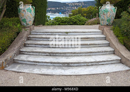 Two ceramic vase on a staircas, garden of Villa Ephrussi de Rothschild, tuscan architecture at Cap Ferrat, South France, Var, Cote Azur, France, Europ - Stock Photo
