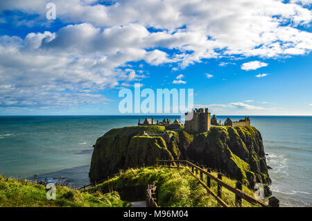dunnotar castle on top of a hill - Stock Photo