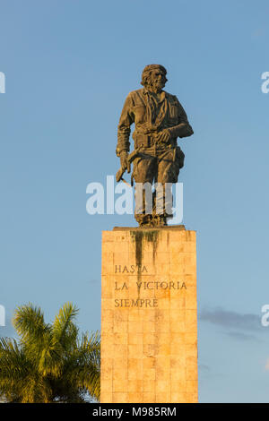 Statue of Che Guevara in the Memorial and Museum in Santa clara. Che Guevara was commander of the Rebel Army in the 1959 revolution - Stock Photo