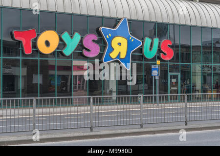 Front of the closed Toys R Us shop in Plymouth, Devon. Metaphor for high street retail casualties. Death of the high street metaphor. - Stock Photo
