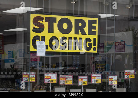 Poster in Maplin store Plymouth, Devon, after announcing closure of all stores. Metaphor for struggling high street retailers, death of high street. - Stock Photo