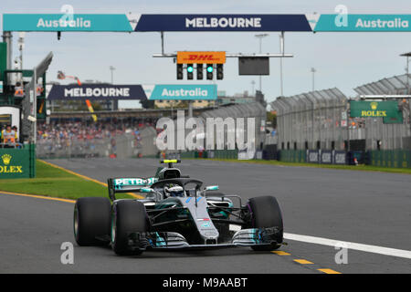 Albert Park, Melbourne, Australia. 24th Mar, 2018. Valtteri Bottas (FIN) #77 from the Mercedes AMG Petronas Motorsport team leaves the pit for his qualifying lap at the 2018 Australian Formula One Grand Prix at Albert Park, Melbourne, Australia. Sydney Low/Cal Sport Media/Alamy Live News - Stock Photo