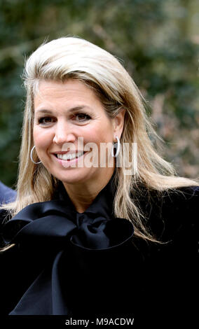 Doorn, Netherlands. 23rd Mar, 2018. Queen Máxima of The Netherlands arrives at Kaap Doorn in Doorn, on March 23, 2018, for a workvisit to a kick-off program for more opportunities for youngsters of the Oranje Fonds Credit: Albert Nieboer/Netherlands OUT/Point De Vue Out - NO WIRE SERVICE · Credit: Albert Nieboer/RoyalPress/dpa/Alamy Live News - Stock Photo