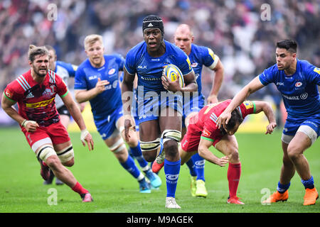 London, UK. 24th March, 2018. Maro Itojo of Saracens scored his side second try  during Aviva Premiership match between Saracens and Harlequins at London Stadium on Saturday, 24 March 2018. LONDON ENGLAND. Credit: Taka Wu/Alamy Live News - Stock Photo