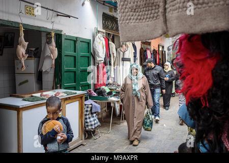 Street market, Ayuon street, medina, Tetouan, UNESCO World Heritage Site, Morocco - Stock Photo
