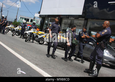 Brazil. 24th Mar, 2018. Local police confiscates foods, drinks and products during the event at Jose Carlos Pace Autodrome Interlagos. There were many policemen with their motorcycles, cars at the local to maintain order. Credit: Niyi Fote/Pacific Press/Alamy Live News - Stock Photo