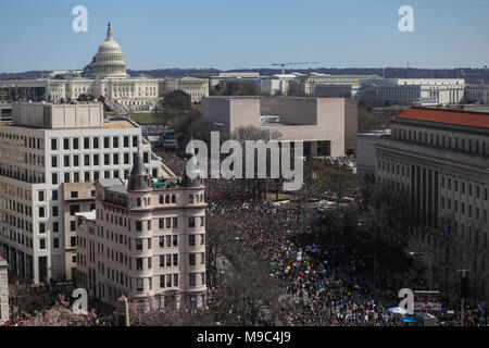 WASHINGTON, DC, USA. 24th March 2018. Hundreds of thousands of people take to the streets in the March for Our Lives, a nationwide protest against gun violence in wake of the Stoneman Douglas High School shooting in Parkland, Florida. Credit: Nicole Glass / Alamy Live News. - Stock Photo