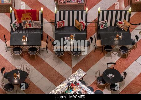 Close up of ground floor cafe at T Fondaco Dei Tedeschi, high end shopping centre located near the Rialto Bridge, Venice. - Stock Photo